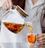 Термобокалы и заварочный чайник в скандинавском стиле