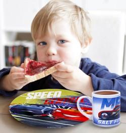 Посуда для мальчиков с героями мультфильмов «Тачки», «Вспыш и чудо-машинки»